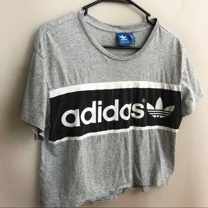 ADIDAS • Crop Boxy T-Shirt